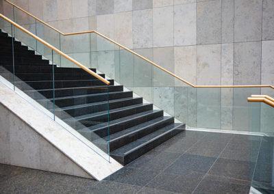 sprzatanie-klatek-schodowych